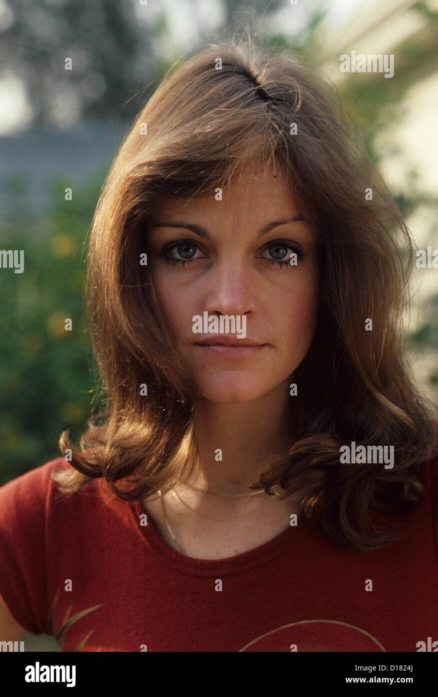 Molly Sims USA 1 2001,Vivien Leigh (1913?967 (born in Darjeeling, India) Adult video Yukta Mookhey,Libby Riddles sled dog musher