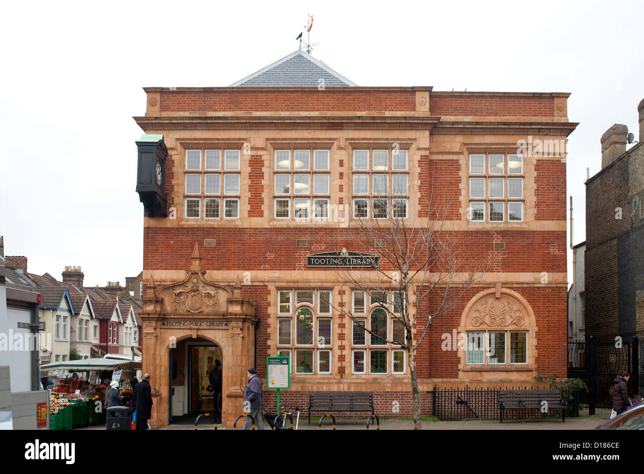 Tooting Library Building in South West London, 2012 - Stock Image