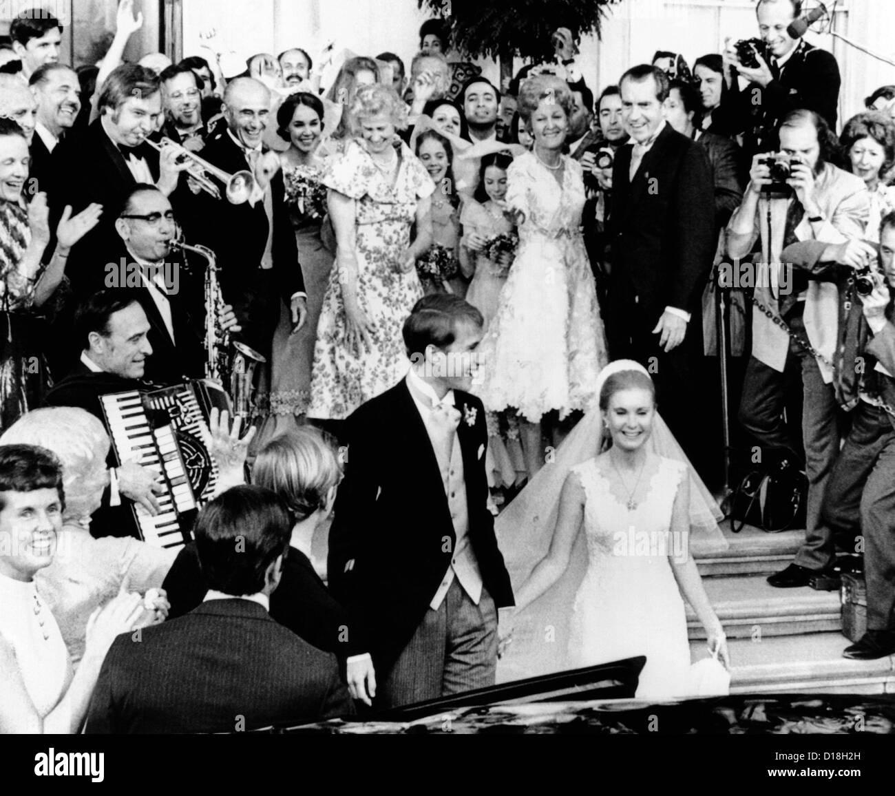 Tricia Nixon Wedding: Newlyweds, Edward And Tricia Nixon Cox Leave The White
