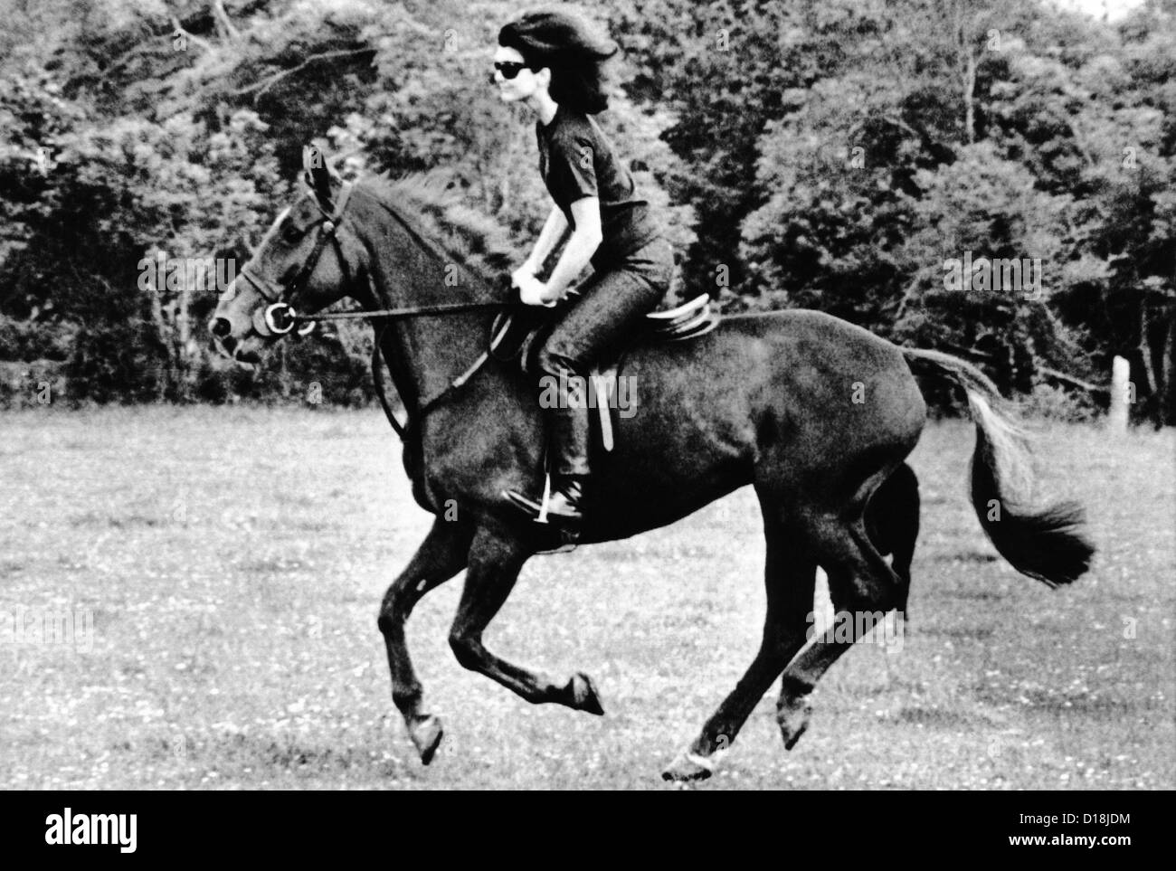 Jacqueline Kennedy, riding a horse in Waterford, Ireland where she was on vacation with her children. June 16, 1967. - Stock Image