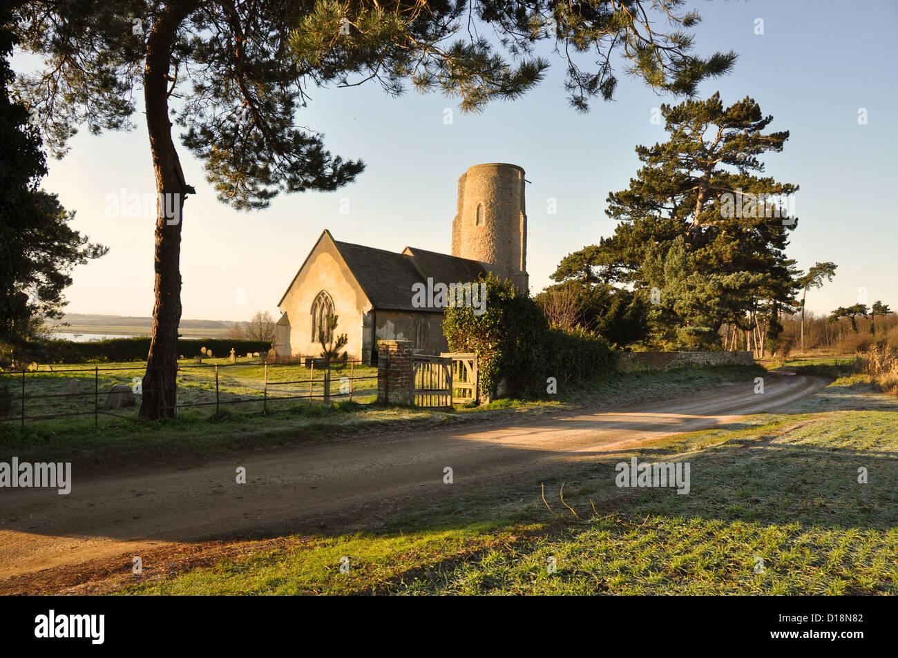 All Saints, Ramsholt in Winter. Overlooking River Deben. - Stock Image