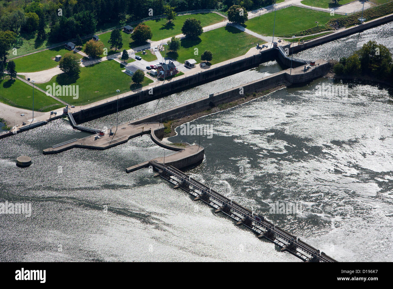 aerial photograph Starved Rock Lock and Dam, Illinois River - Stock Image