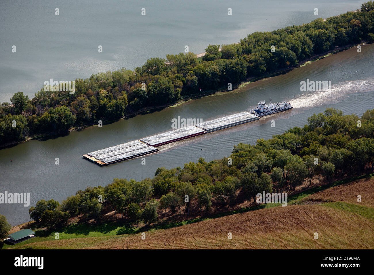 aerial photograph barge Illinois Waterway, Illinois River - Stock Image