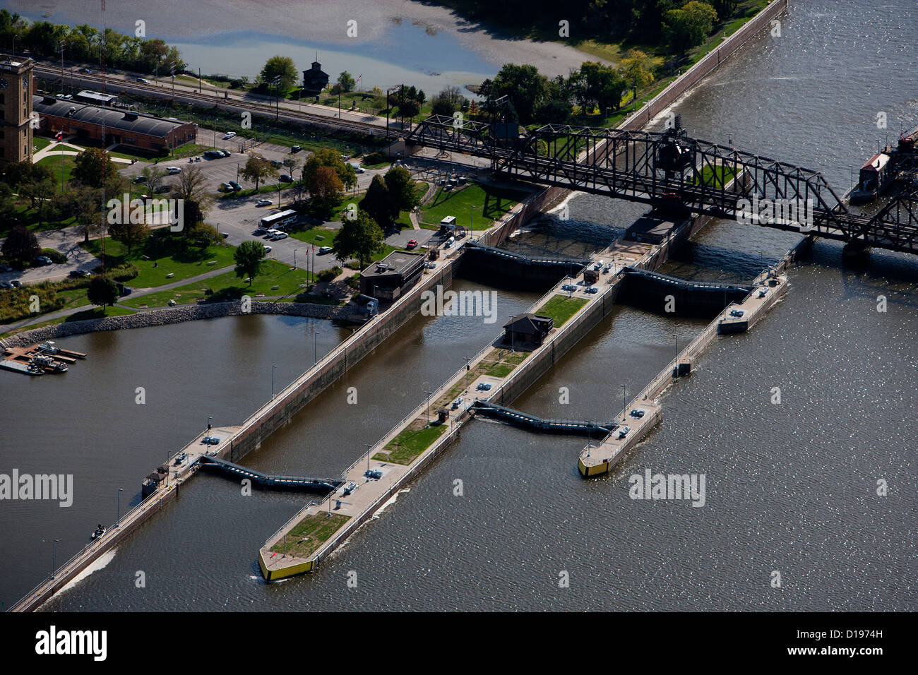 aerial photograph Lock and Dam No. 15, Mississippi River, Davenport, Iowa, Rock Island, Illinois - Stock Image