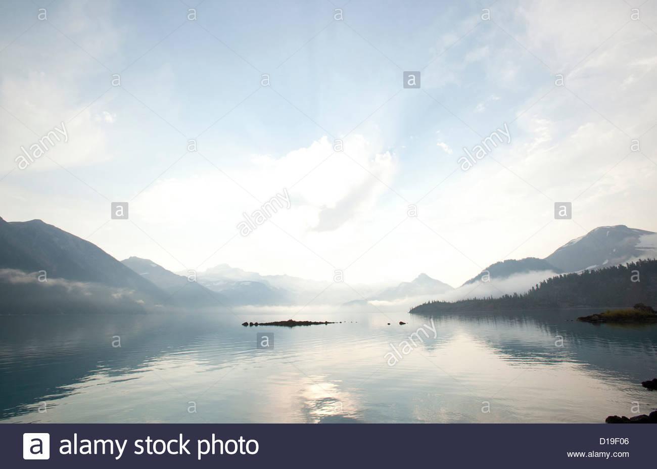 Peaceful scene over lake, Garibaldi Provincial Park, British Columbia, Canada - Stock Image