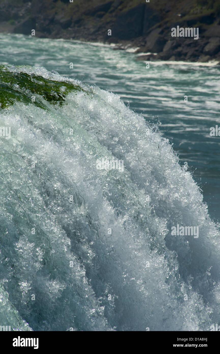 The edge of American Falls at Niagara Falls - Stock Image