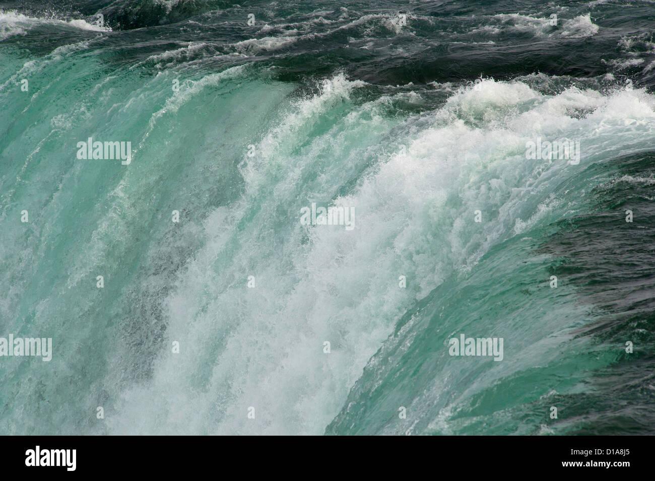 Edge of Niagara Falls waterfall - Stock Image