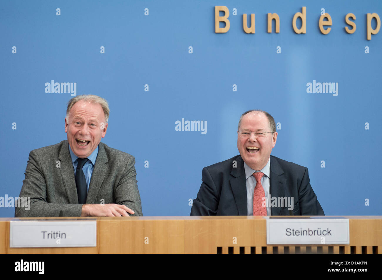 SPD candidate for chancellor Peer Steinbrueck (R) and the chairman of the parliamentary Green Party group Juergen - Stock Image