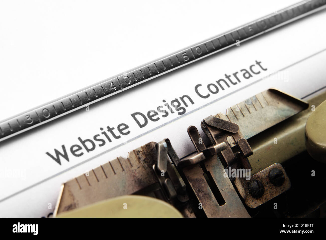 Website design contract text on typing machine - Stock Image