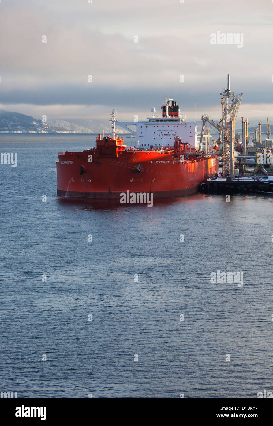 Crude oil tanker loading or discharging at Mongstad refinery, Norway. - Stock Image
