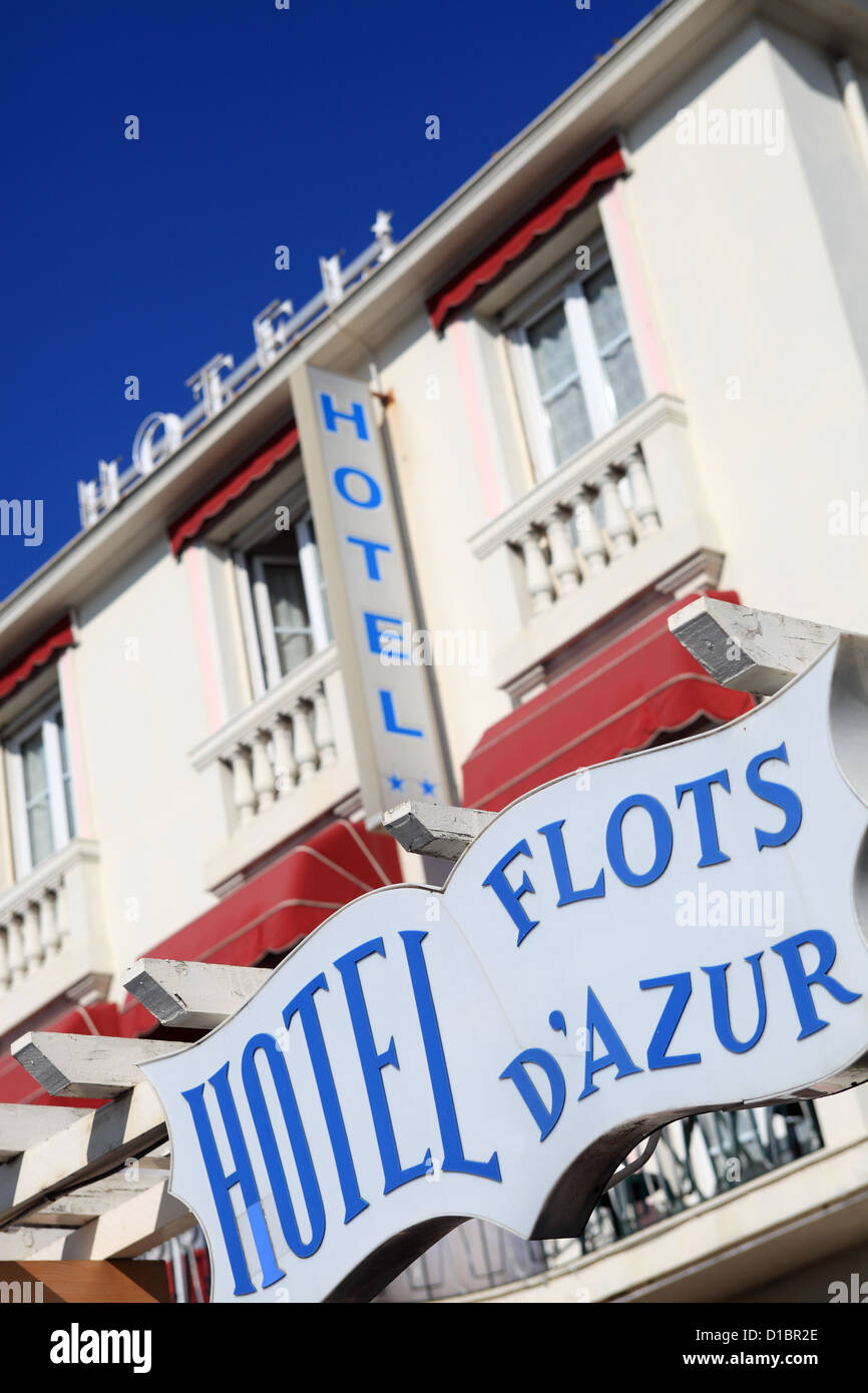 Typical two stars hotel on the Promenade des Anglais in Nice city - Stock Image