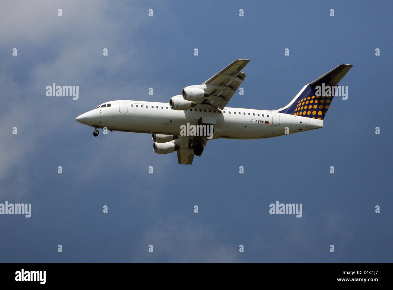 Hanover, Germany, the aircraft will depart € wings in the air - Stock Image