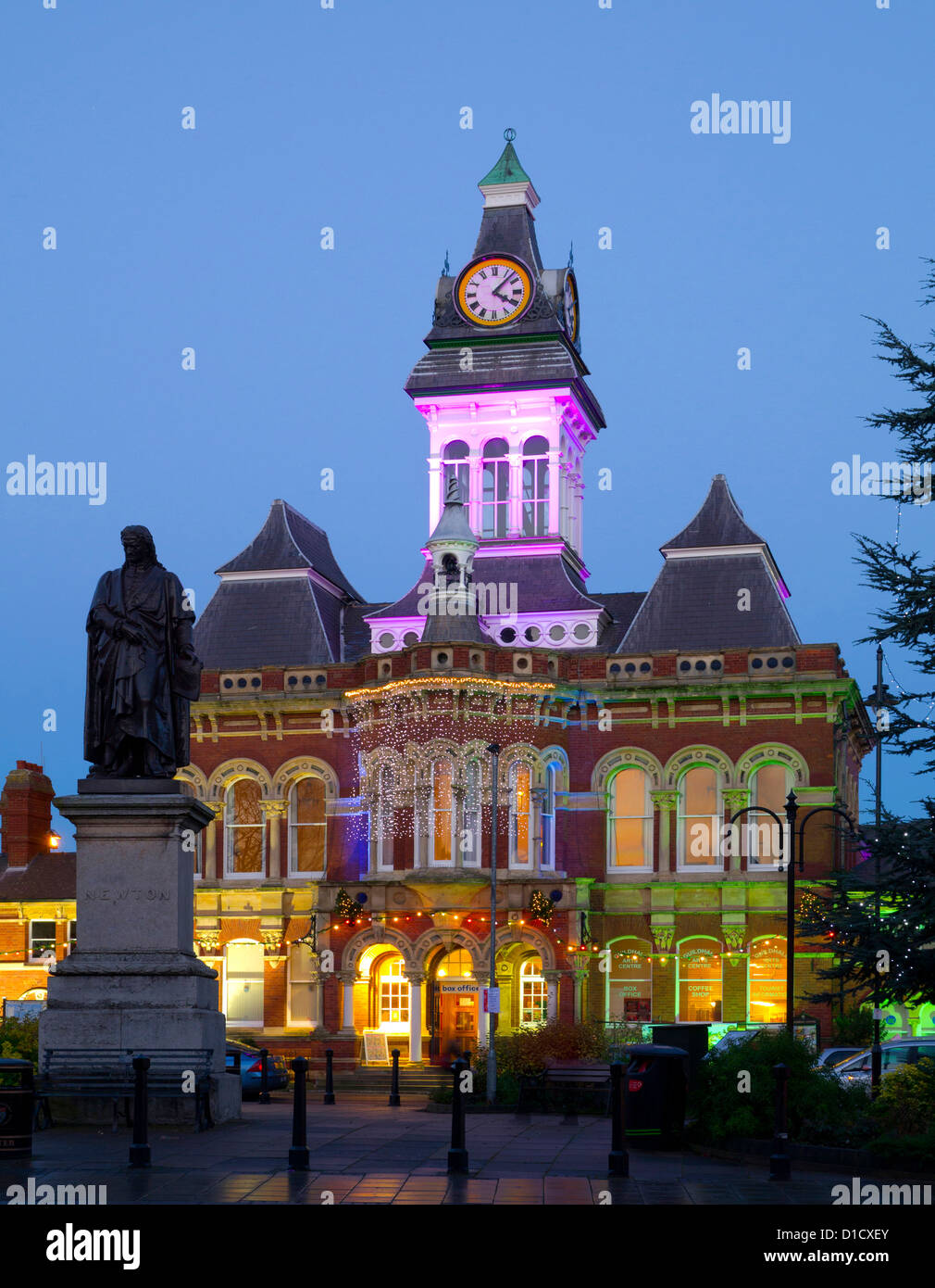 Grantham Town Hall and statue of Sir Isaac Newton at Xmas, Lincolnshire, England, UK - Stock Image