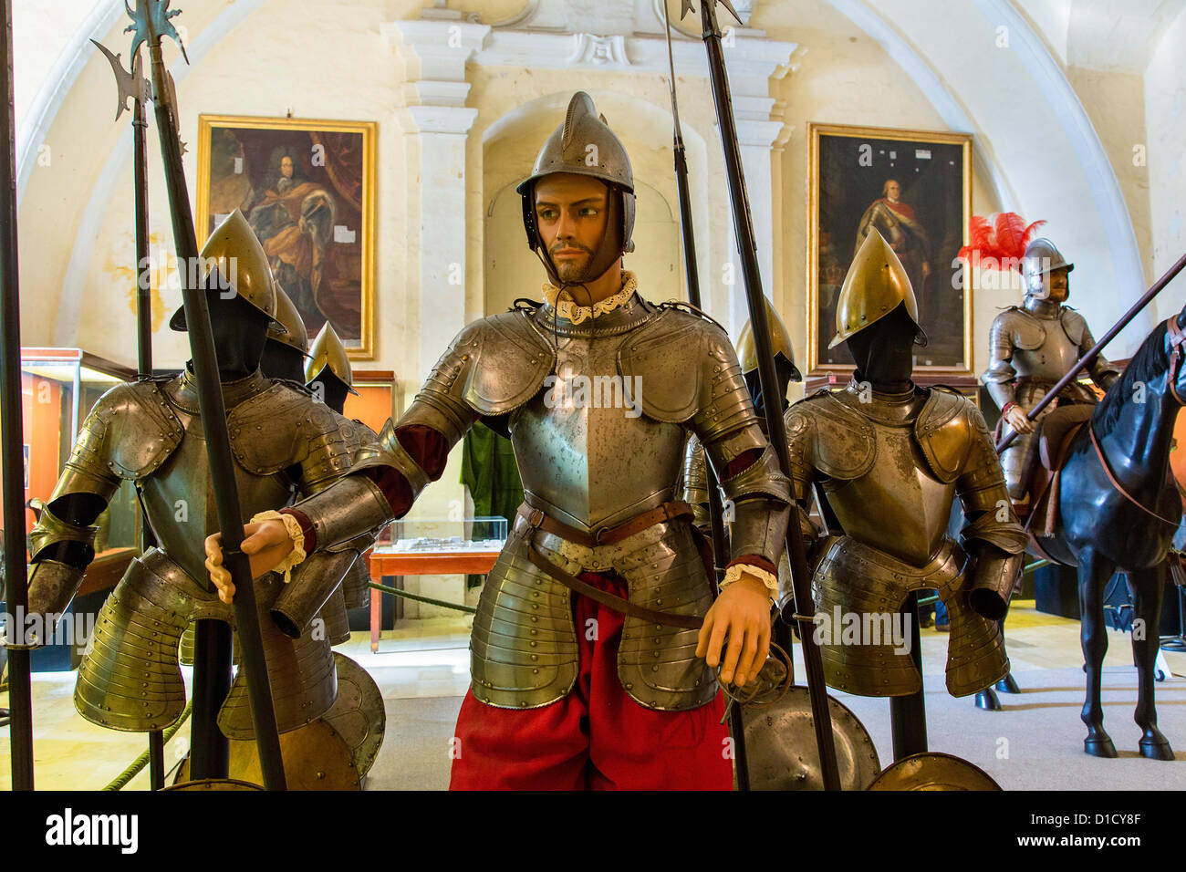Valletta Knight' armour at Grand Master's Palace museum - Stock Image