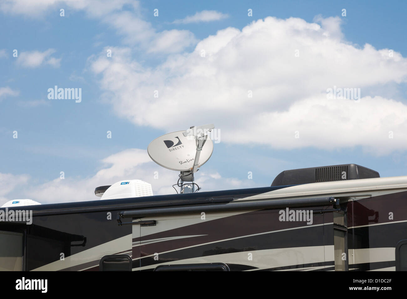 Direct Tv Satellite >> Direct Tv Satellite Dish Mounted On Top Of A Luxury Motor