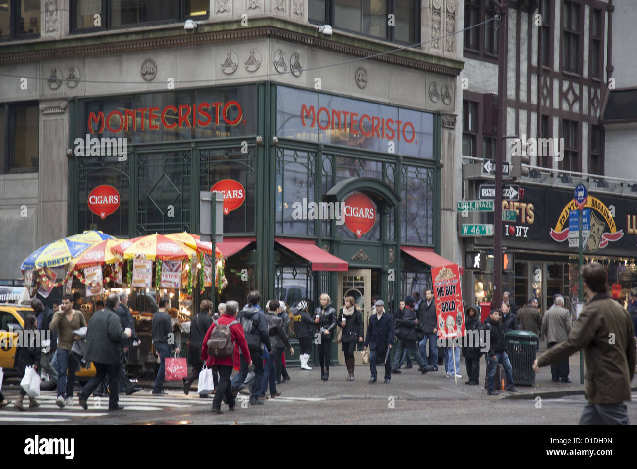 The always busy 5th Avenue at West 46th Street known as Little Brazil in the heart of midtown Manhattan. - Stock Image