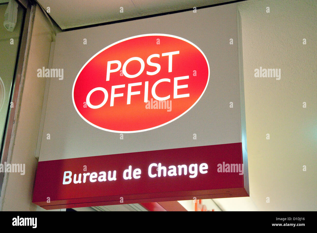 Post Office Bureau de Change store sign, MK centre, Milton Keynes UK - Stock Image