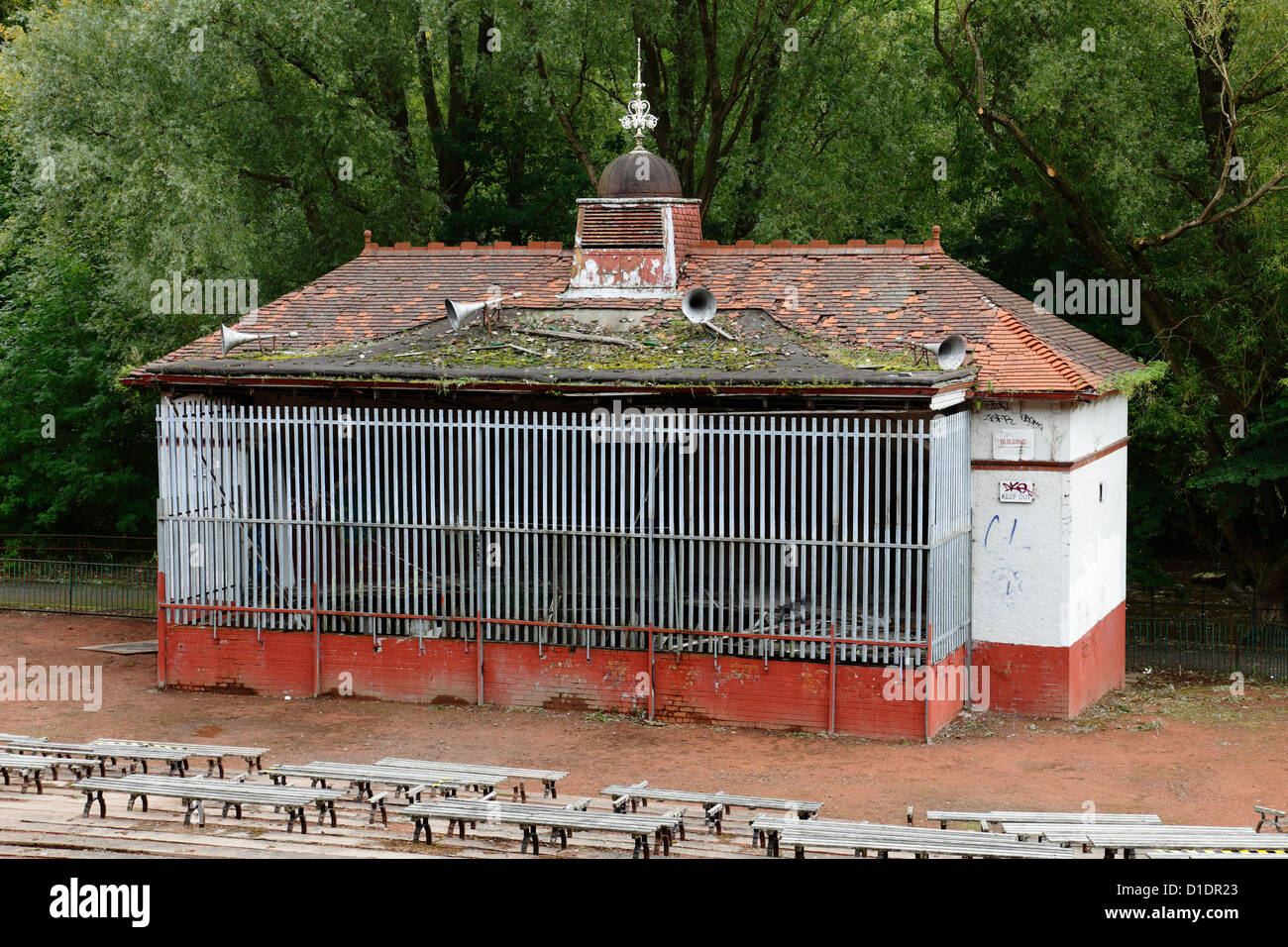 The derelict bandstand in Kelvingrove Park before renovation in the West End of Glasgow, Scotland, UK - Stock Image