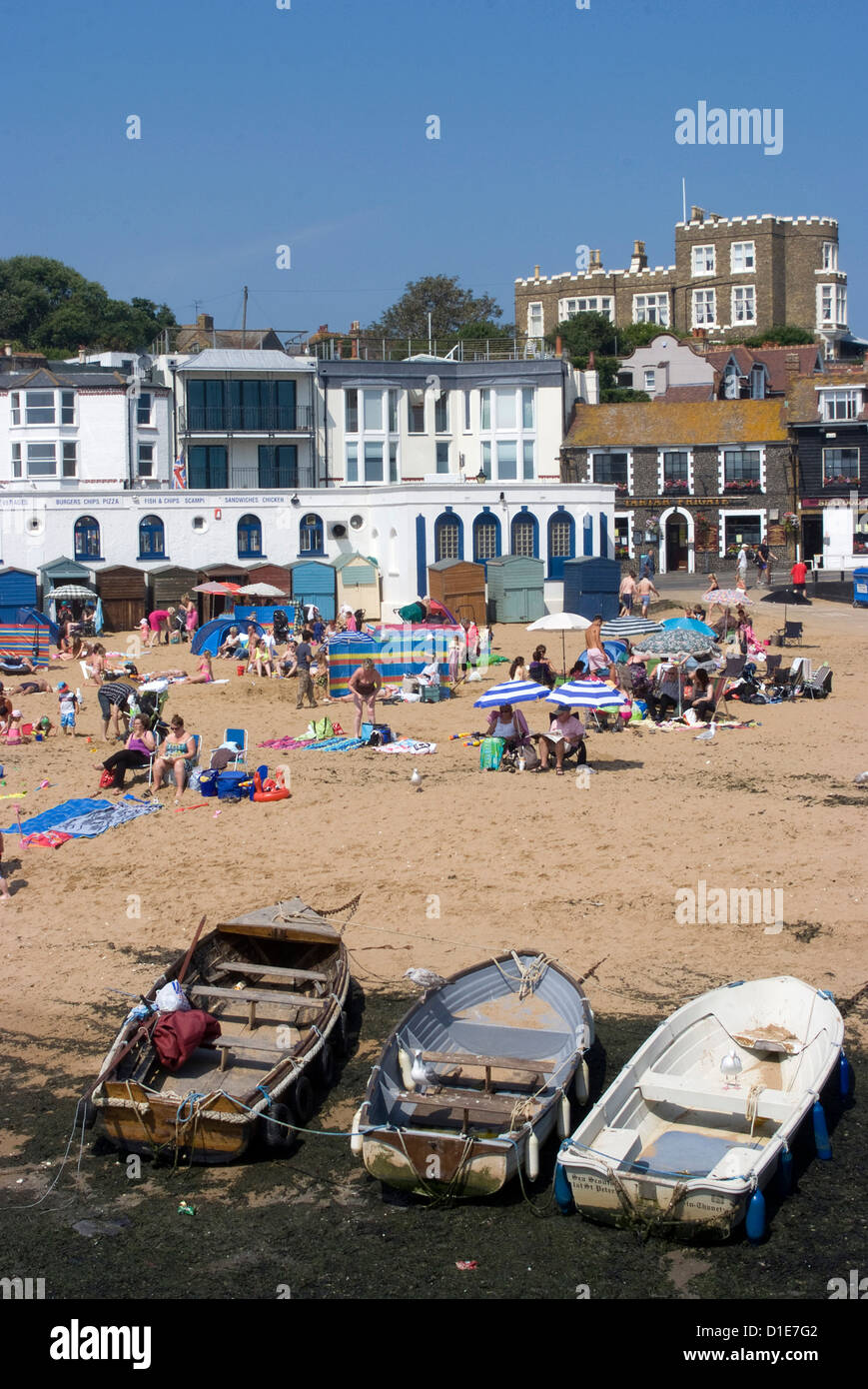 Beach with Bleak House in the background, Viking Bay, Broadstairs, Kent, England, United Kingdom, Europe - Stock Image