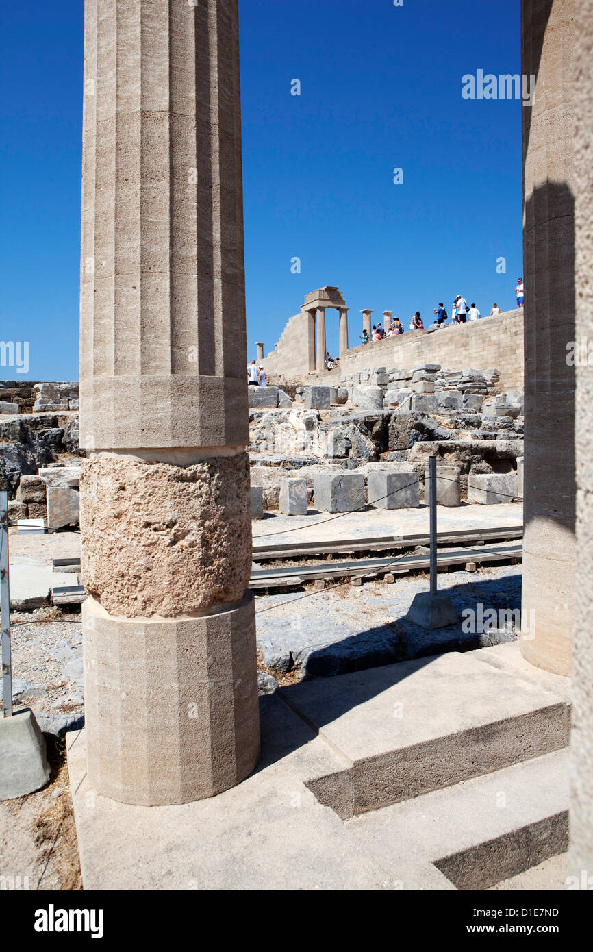 The Acropolis of Lindos, Rhodes, Dodecanese, Greek Islands, Greece, Europe - Stock Image