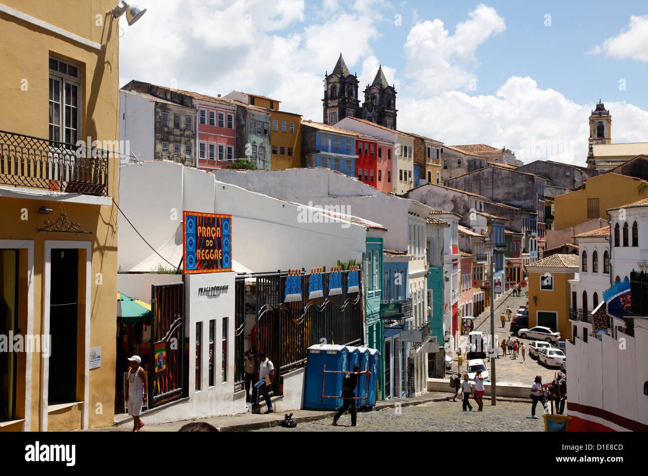 Cobbled streets and colonial architecture, Largo de Pelourinho, Salvador, Bahia, Brazil, South America - Stock Image