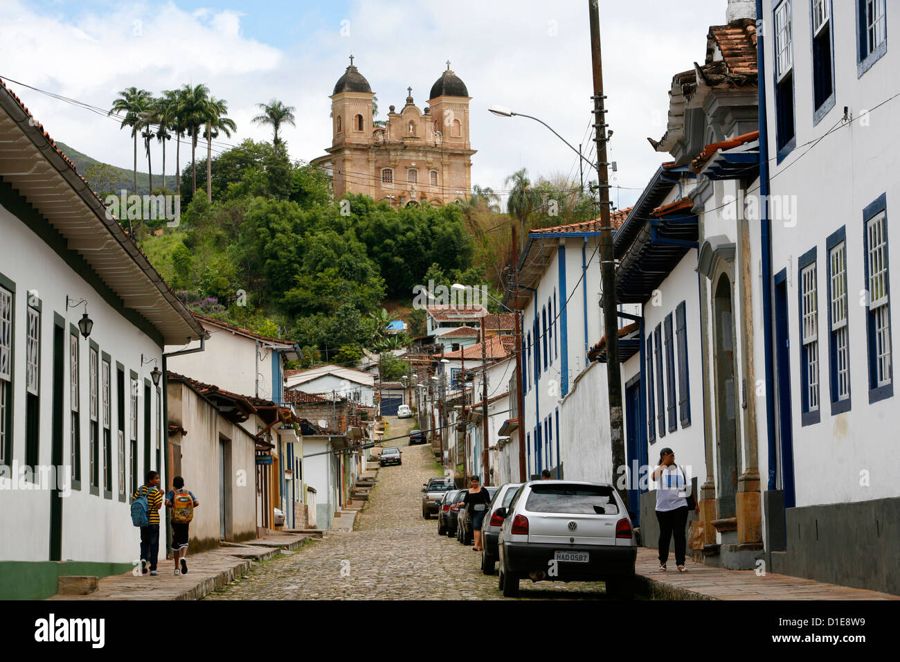 Street scene with the Basilica de Sao Pedro dos Clerigos at the end, Mariana, Minas Gerais, Brazil, South America - Stock Image