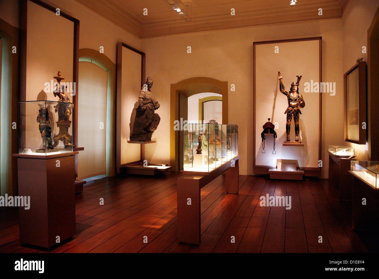 View of the room showing sculptures and works by Aleijadinho at Museu da Inconfidencia, Ouro Preto,  Minas Gerais, - Stock Image