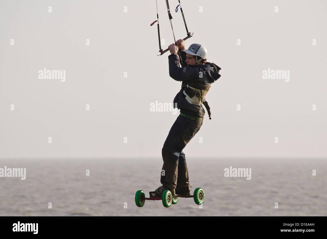 Extreme sport 'land boarding' - Stock Image