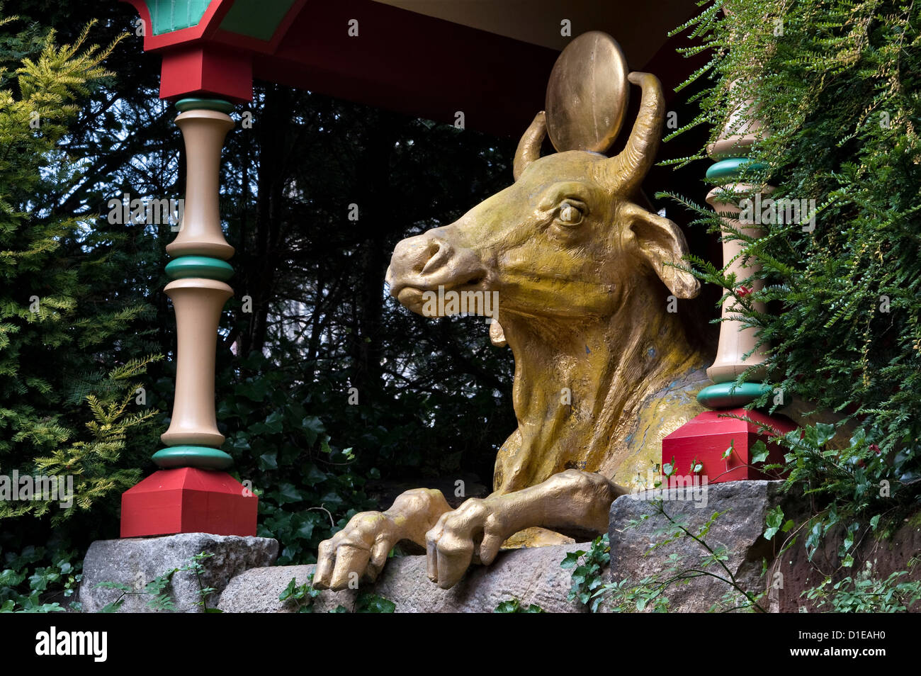 Biddulph Grange Garden, Staffordshire, UK. The Golden Ox or Calf in the part of the garden known as 'China' - Stock Image