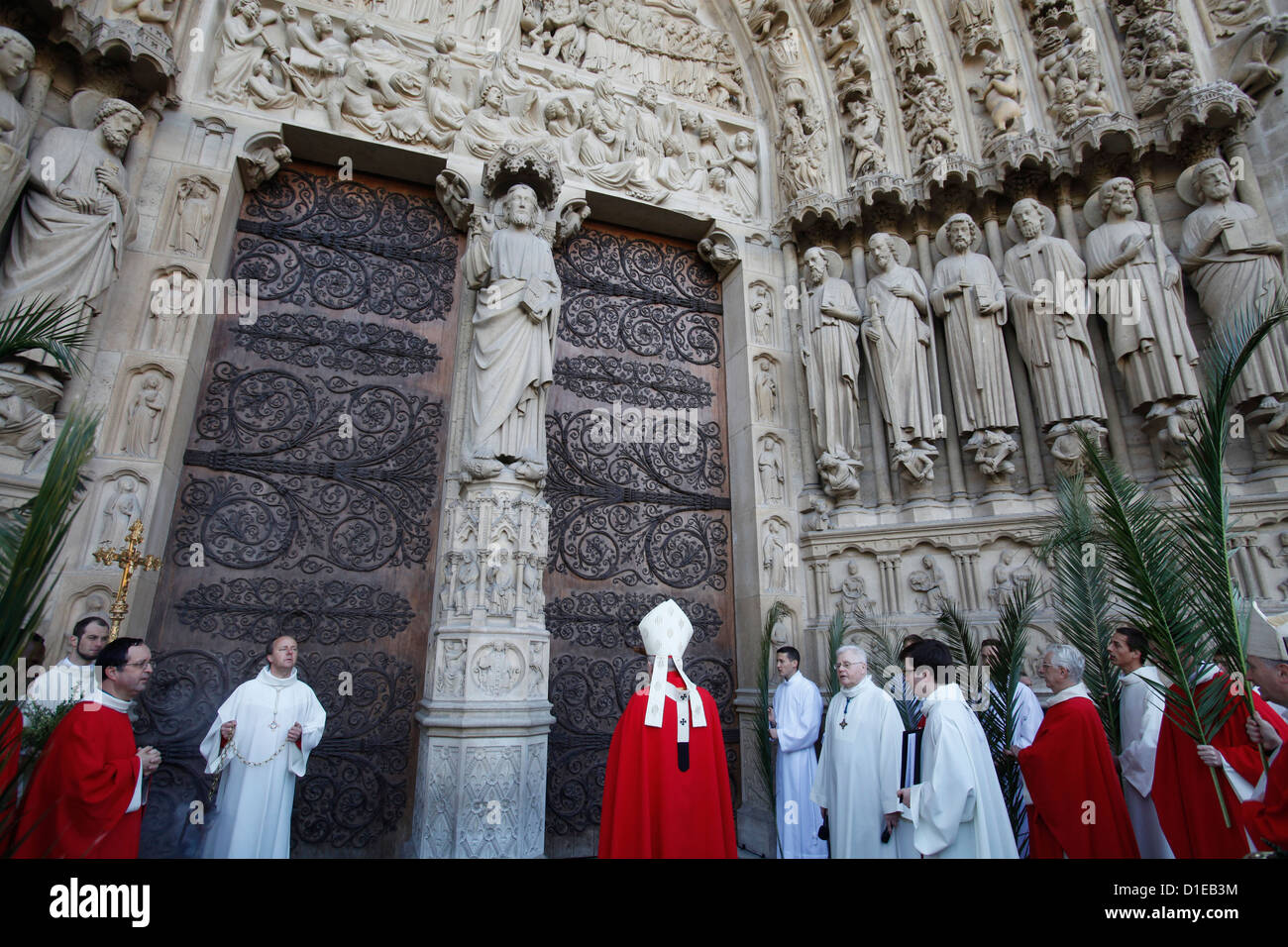 Palm Sunday at Notre Dame Cathedral, Paris, France, Europe - Stock Image