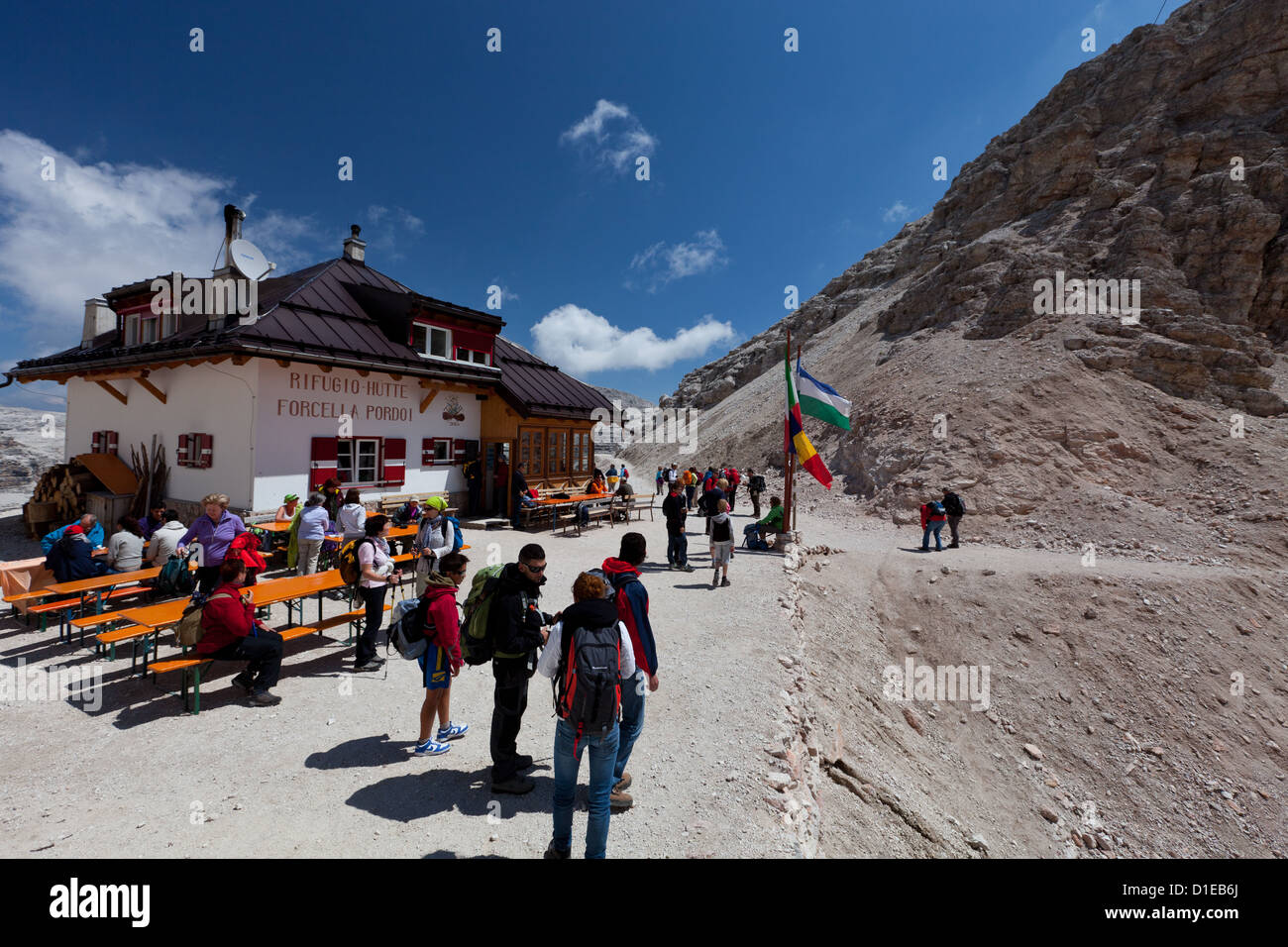 Hiking on the high route 2 in the Dolomites, Bolzano Province, Trentino-Alto Adige/South Tyrol, Italy, Europe Stock Photo