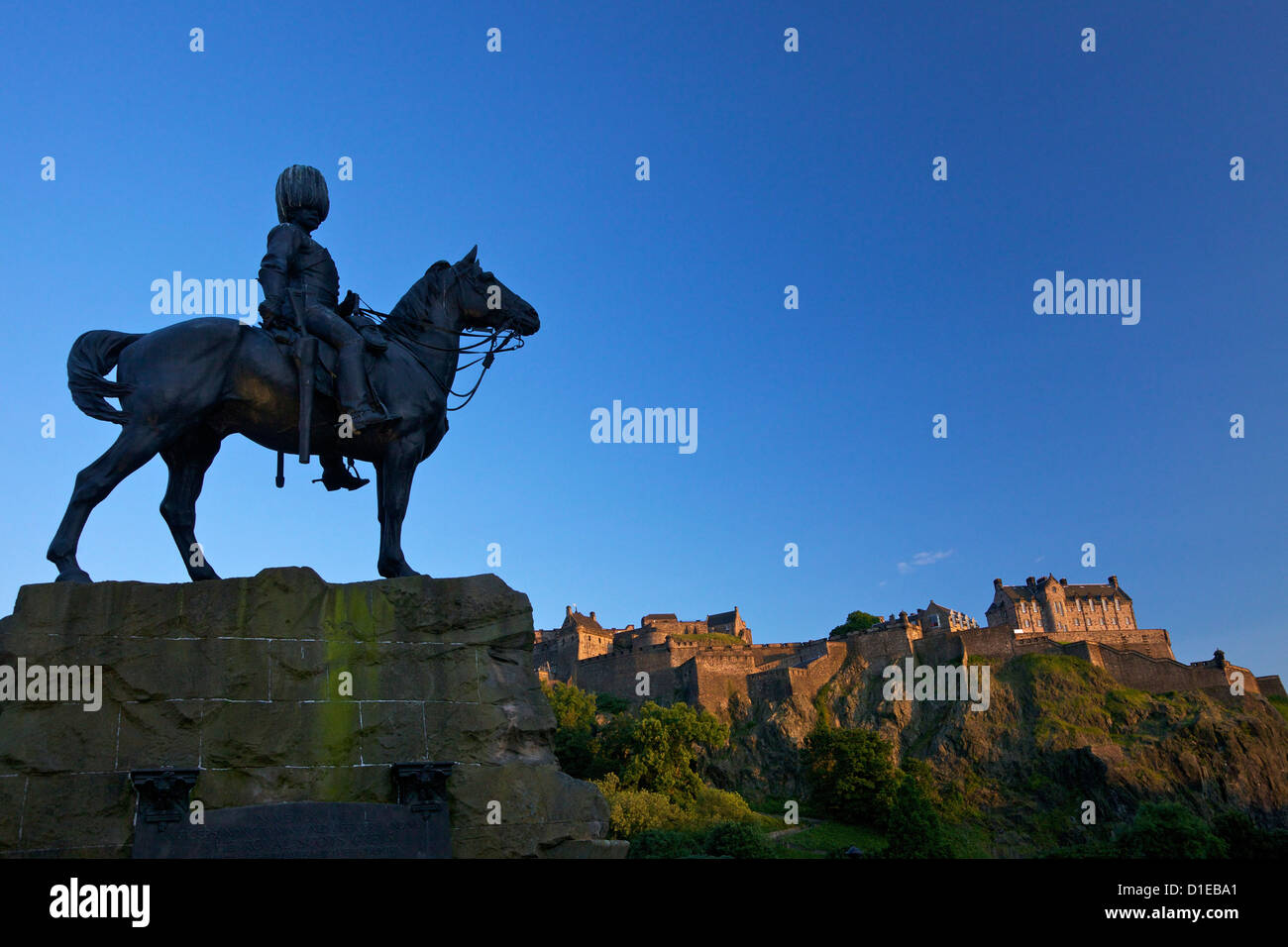 Royal Scots Greys Boer War memorial equestrian statue and Edinburgh Castle, Edinburgh, Scotland, United Kingdom, - Stock Image