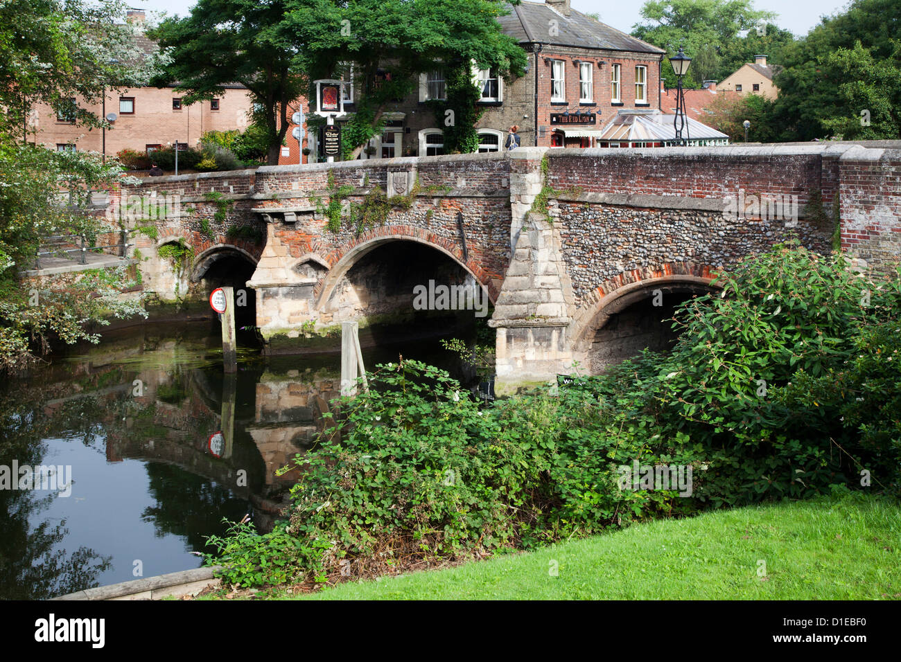 Bishop Bridge over the River Wensum, Norwich, Norfolk, England, United Kingdom, Europe - Stock Image