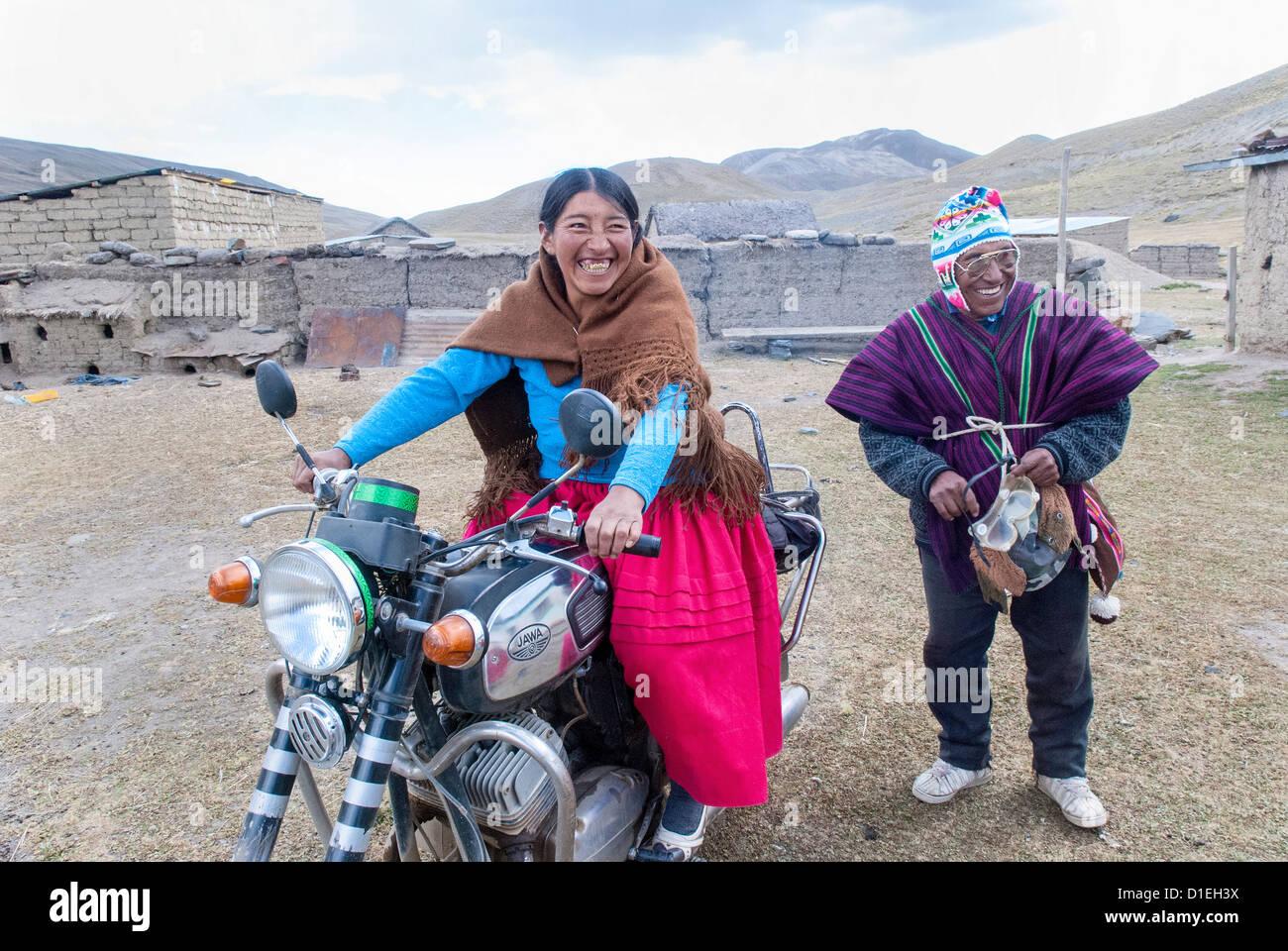 Aymara biker in the Cordillera Real - Stock Image