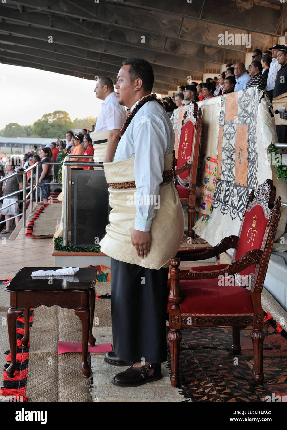 King Topou V1 and the Crown Prince, HRH Prince Tupouto'a 'Ulukalala (foreground) stand during the Tongan national Stock Photo