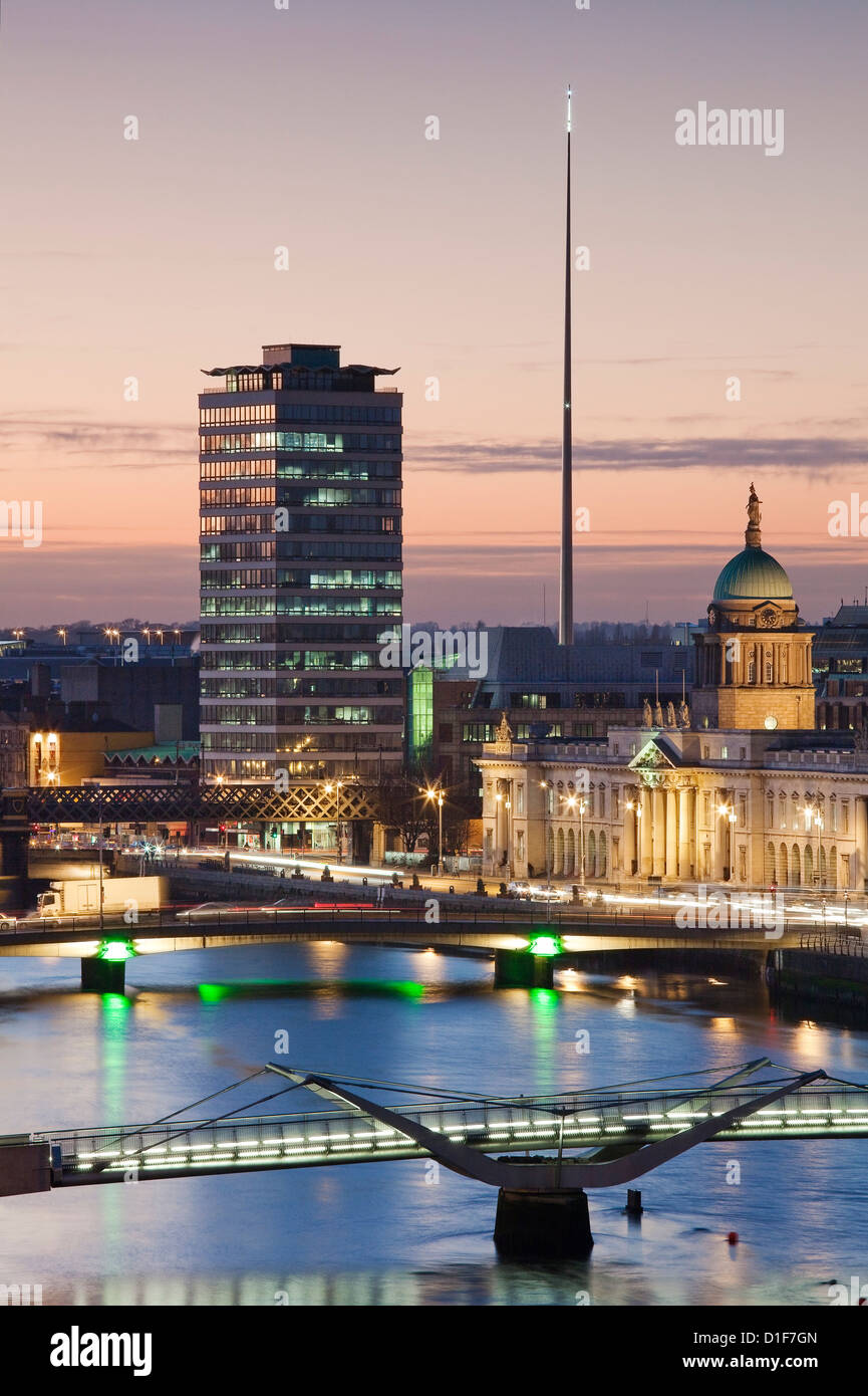 River Liffey, Dublin at Dusk, looking west, with Custom House and Spire from High Level - Stock Image