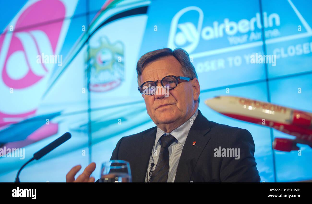Hartmut Mehdorn, head of Deutsche Bahn, speaks during a press conference in Berlin, Germany, 18 December 2012. Ethiad - Stock Image