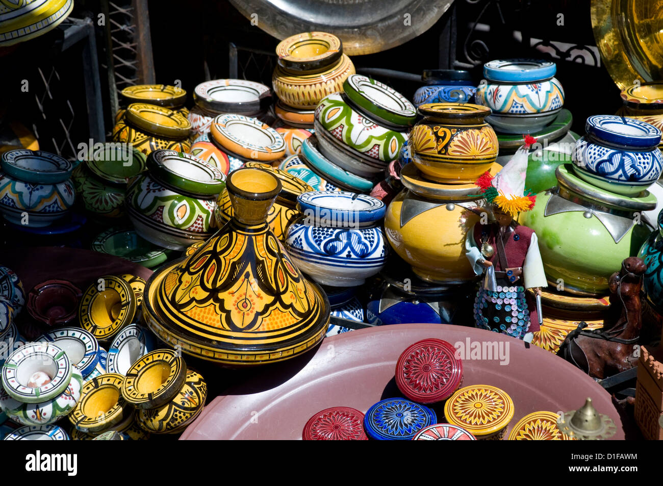 Colourful ceramic pots for sale in the souk in Marrakech, Morocco, North Africa, Africa - Stock Image