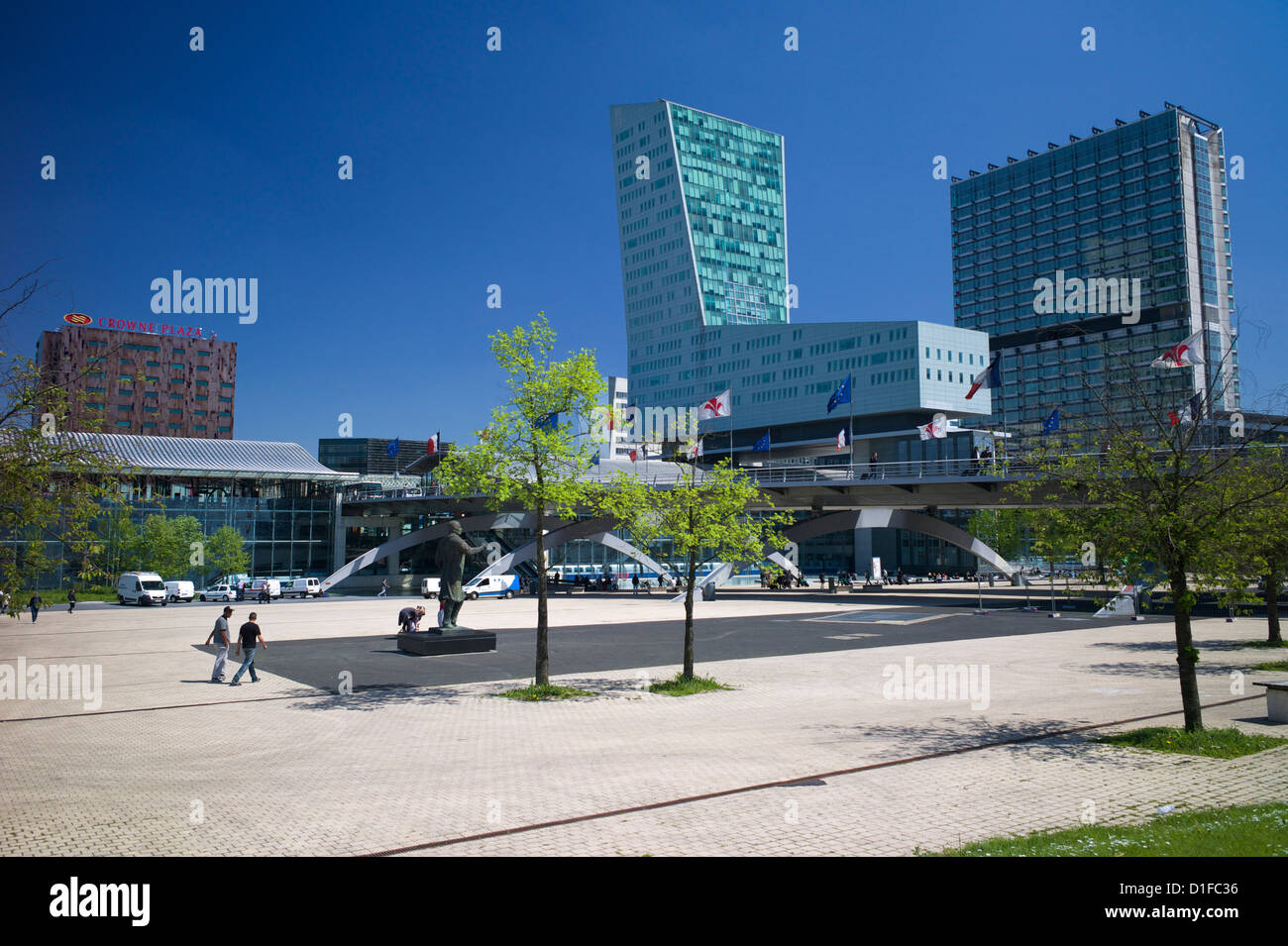Place Francois Mitterand and Lille Europe TGV station, Lille, Nord-Pas de Calais, France, Europe - Stock Image