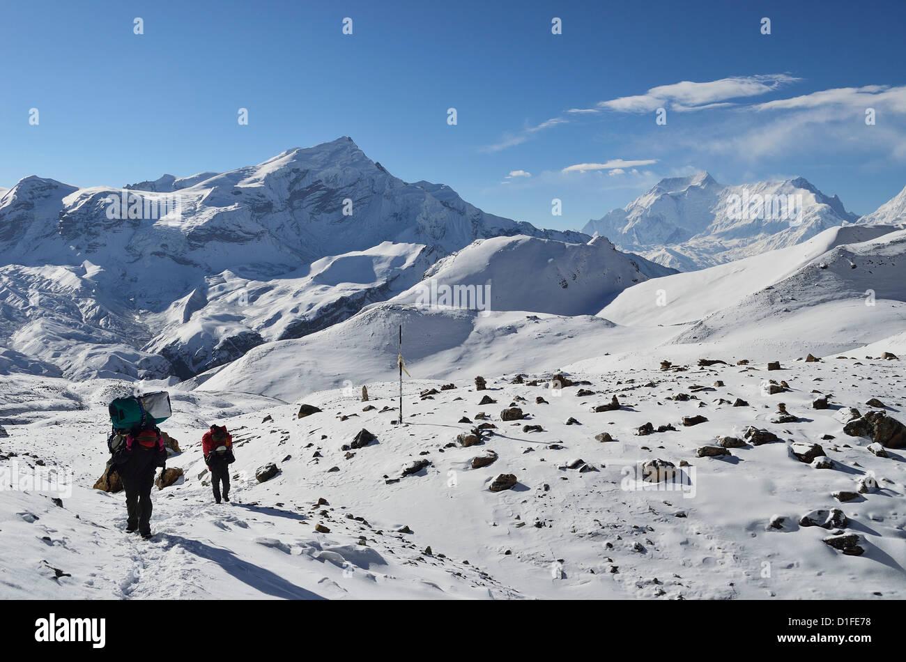 Thorong La (Thorung La), a pass at 5416m, Annapurna Conservation Area, Gandaki, Western Region (Pashchimanchal), - Stock Image