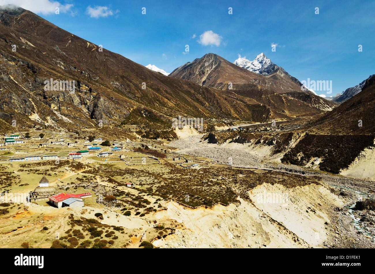 Bhote Koshi Nadi valley, Sagarmatha National Park, Solukhumbu District, Sagarmatha, Eastern Region (Purwanchal), - Stock Image