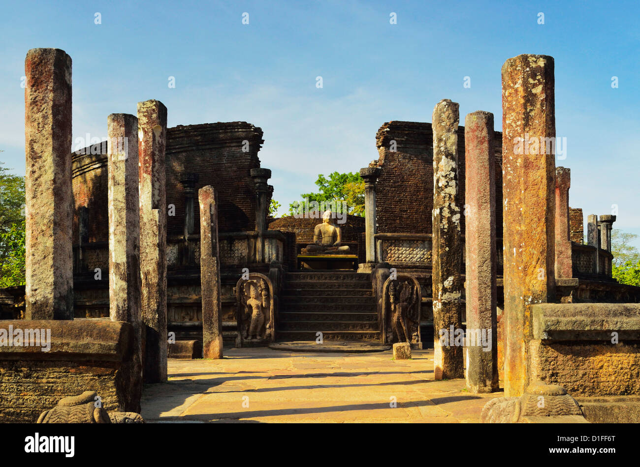 Ancient city of Polonnaruwa, UNESCO World Heritage Site, Polonnaruwa, Sri Lanka, Asia - Stock Image