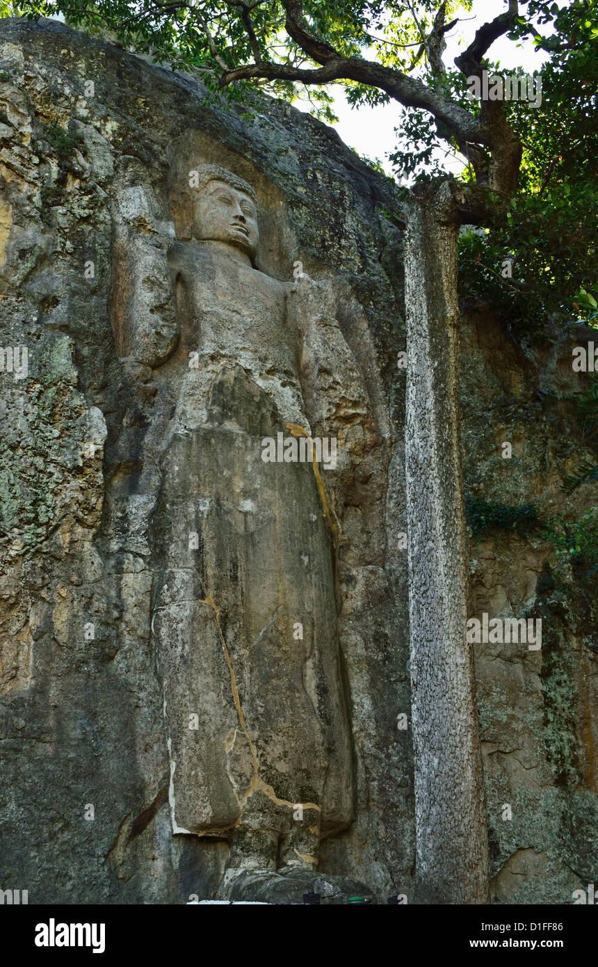 Buddha image, Dhowa Rock Temple, Bandarawela, Sri Lanka, Asia - Stock Image