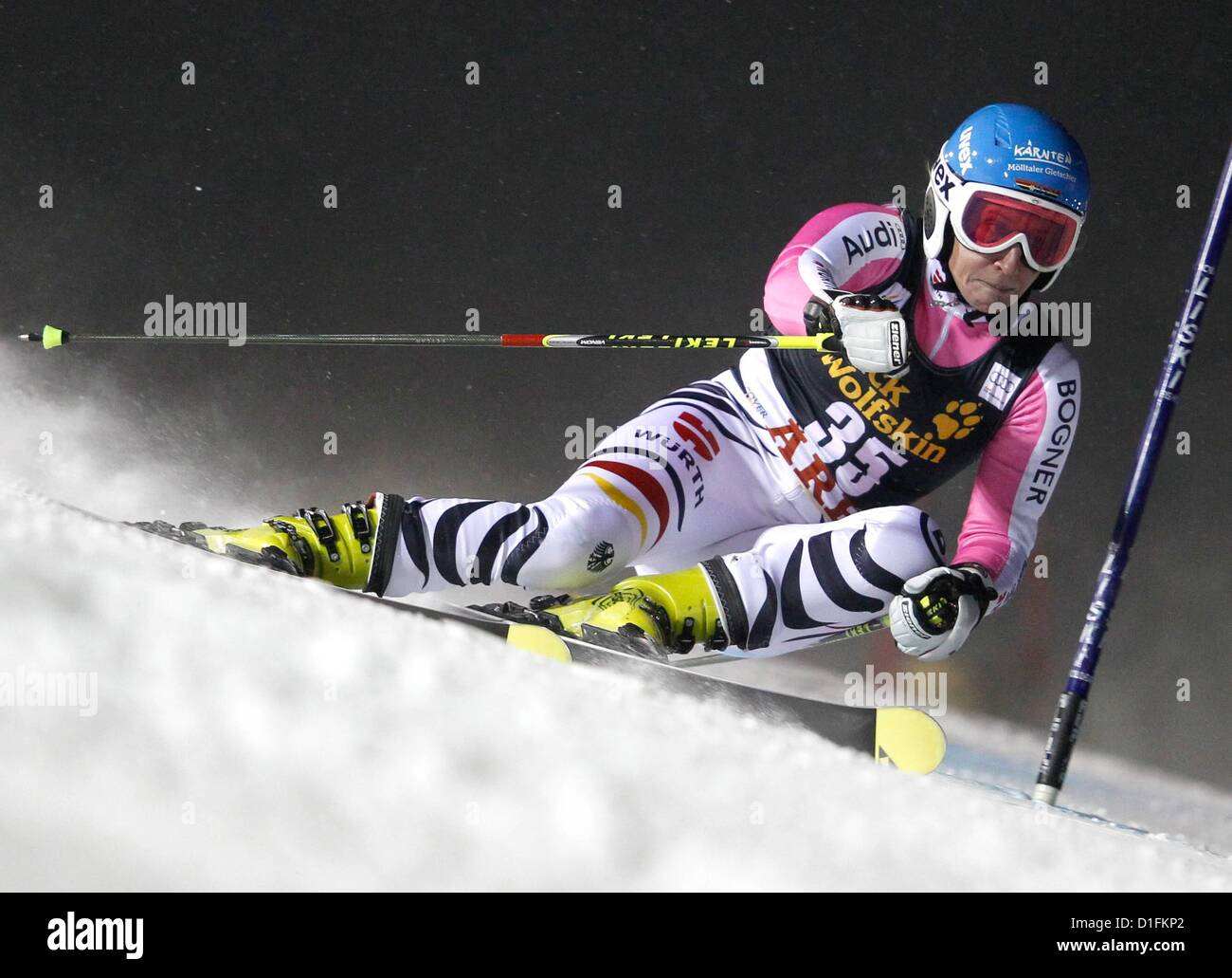 19.12.2012. Aare, Sweden.  FIS World Cup Giant slalom for women Picture shows Veronique  ger  World Cup 2013 - Stock Image