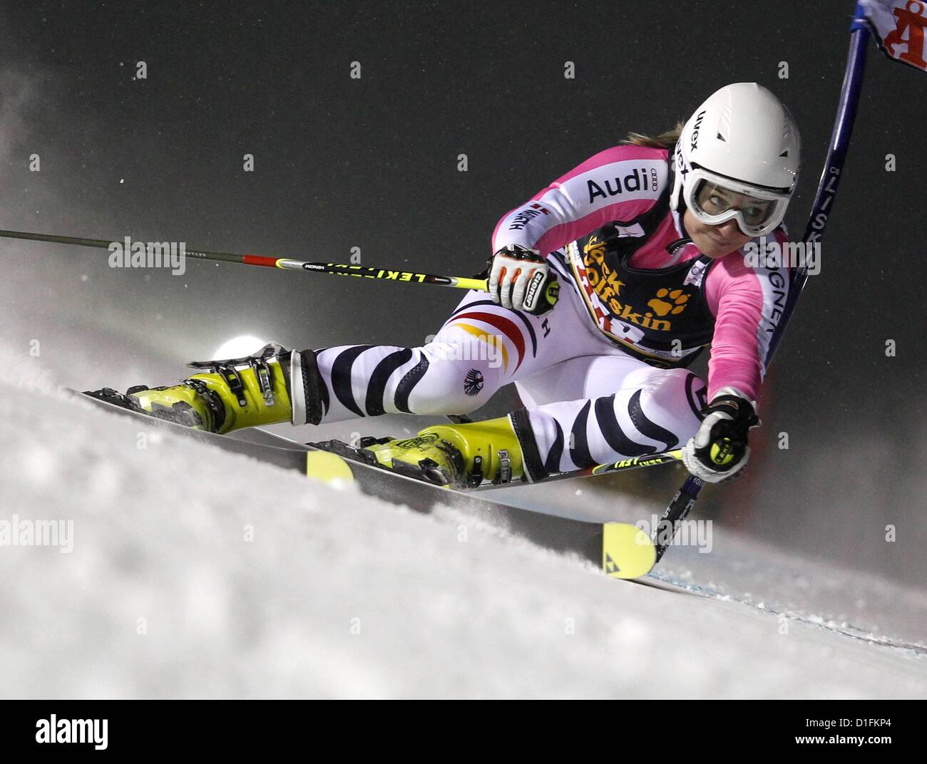 19.12.2012. Aare, Sweden.  FIS World Cup Giant slalom for women Picture shows Veronika Staber ger  World Cup 2013 - Stock Image