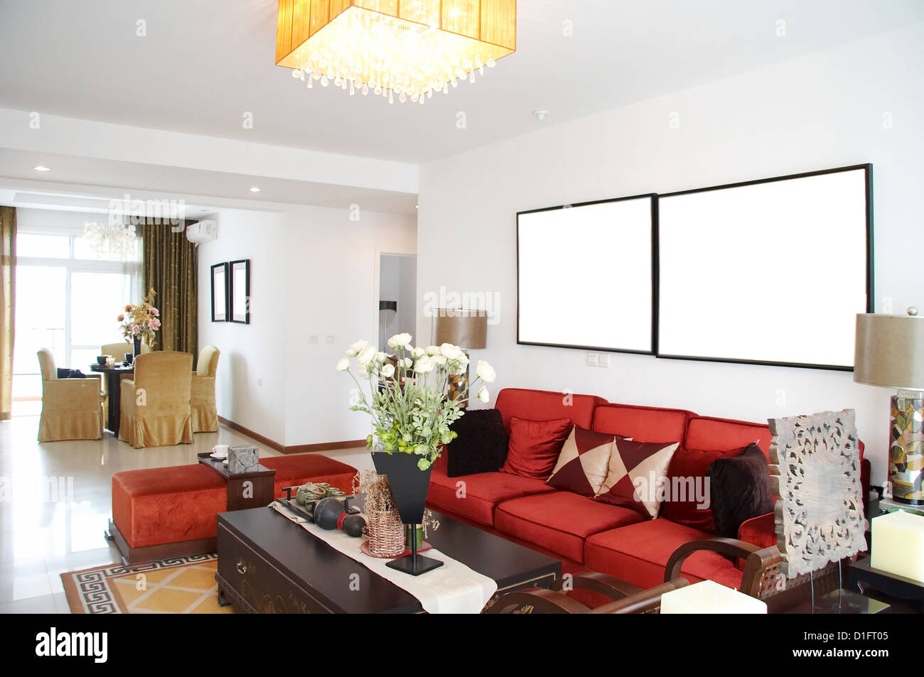 Chinese Traditional Living Room Stock Photos & Chinese Traditional ...