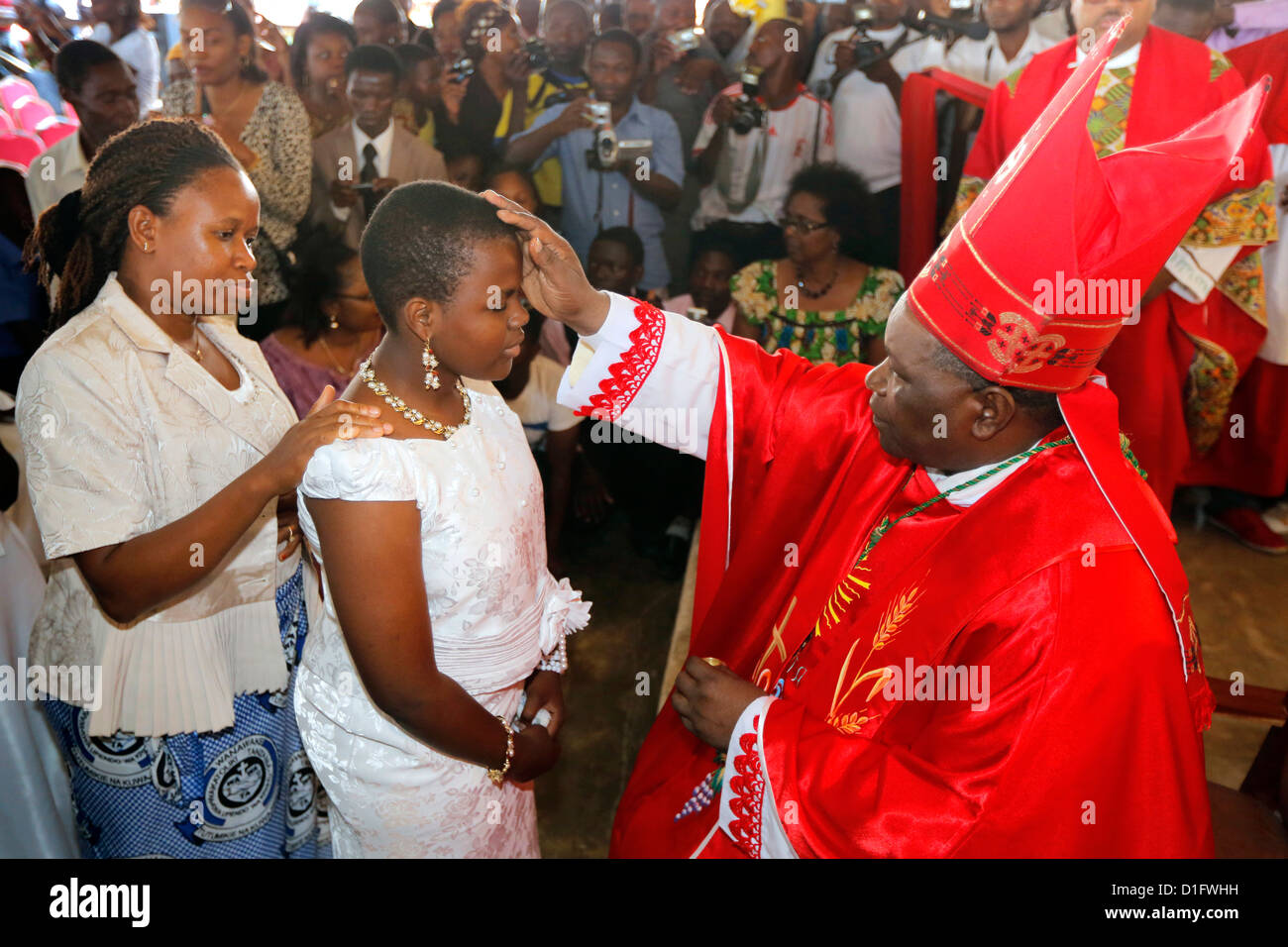 Roman Catholic Bishop Telesphor Mkude of Morogoro Diocese during confirmation ceremony in Bagamoyo, Tanzania - Stock Image