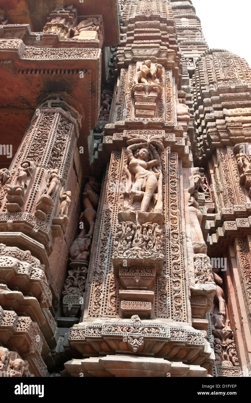 Carving of woman on the vimana of the Rajarani temple, known as the love temple, dedicated to Lord Shiva, Bhubaneshwar, - Stock Image