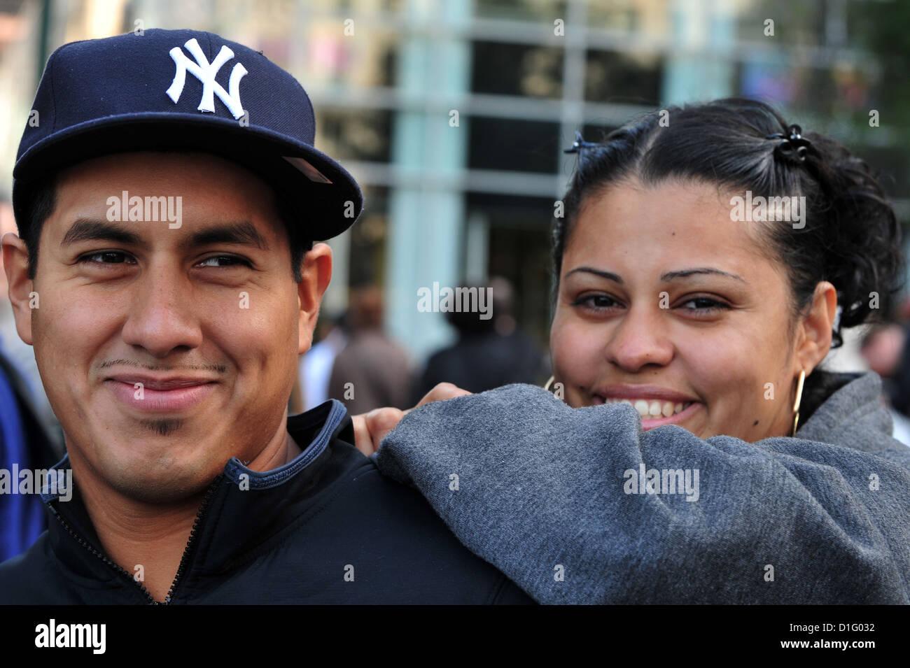 Happy Latino Americans couple in Manhattan New York. - Stock Image