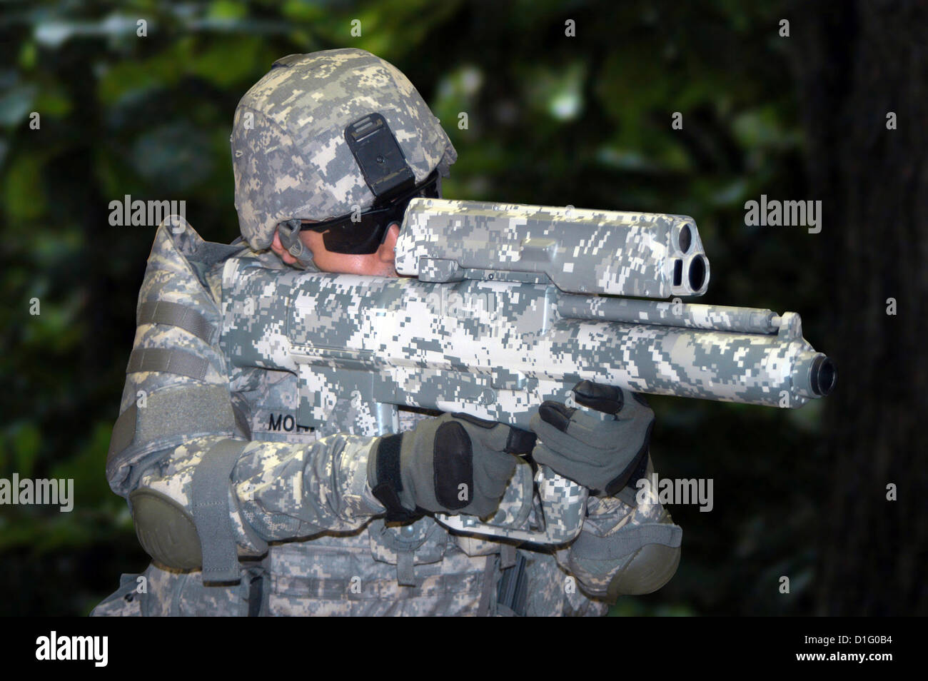 The XM-25 Counter Defilade Target Engagement System is the Army's first smart shoulder-fired weapon. It launches - Stock Image
